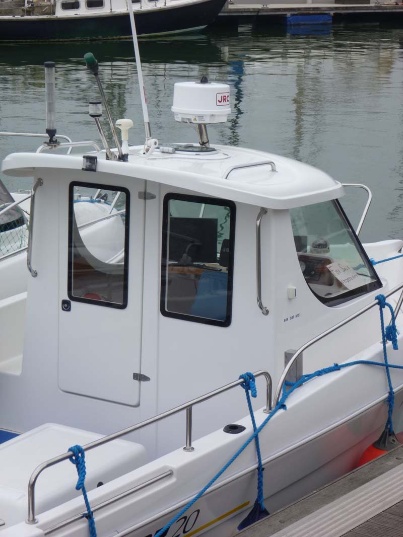 ATL can manufacture replacement boat windscreens/windshields and hatches and fit as required.